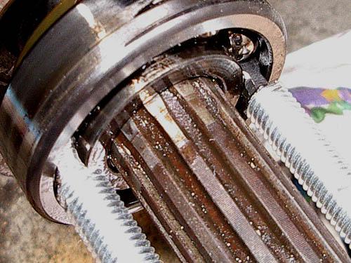 Extracteur int rieur de roulements 2 3 griffes facom for Extracteur roulement interieur